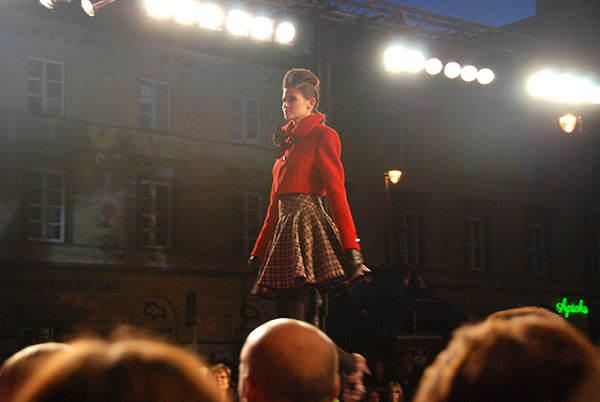fashion_tv_pokaz_mody_prada-14