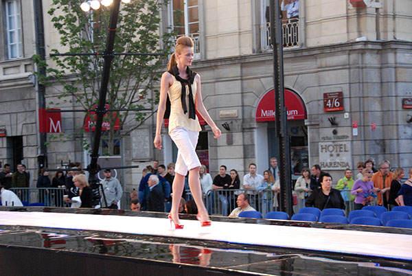 fashion_tv_pokaz_mody_prada-16