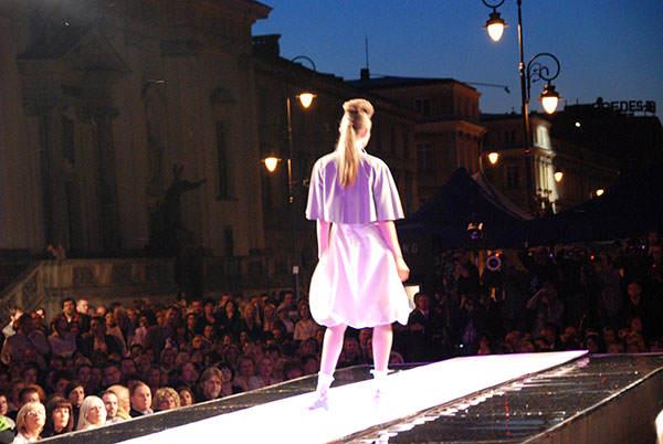 fashion_tv_pokaz_mody_prada-7