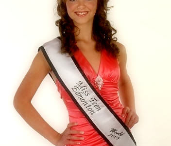 aleksandra_hanasz-miss_teen_of_canada_worls_2011_salon_fryur_kleopatra-3